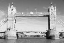 Tower Bridge by aremak