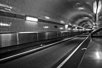 Elbtunnel in Hamburg by aremak