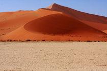 Sand Dune Curves von Aidan Moran