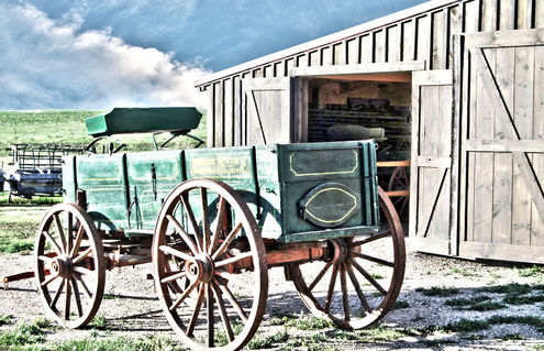 Midwest-life-barn-and-buggy