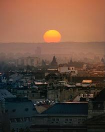 Sunrise  by marunga