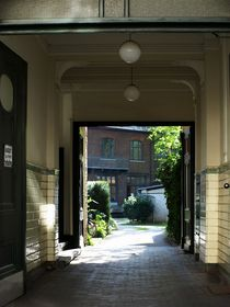 hinterhof > sonnig by fotokunst66