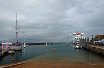 Yarmouth Harbour from the Slipway von Rod Johnson