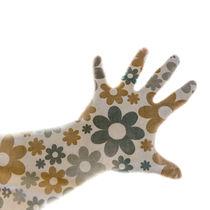 Flower-print-hand