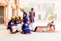 Street Performers, Jaipur. by Tom Hanslien
