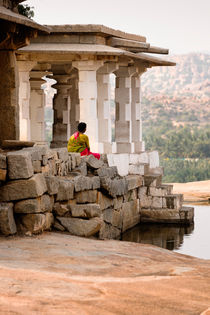 The Nandi Shrine ruins in Hampi. by Tom Hanslien
