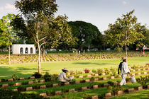 The Allied War Cemetery, Kanchanaburi. by Tom Hanslien