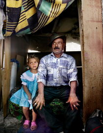 familylife with grandpa by Peter van Beek