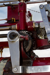 Bracket on a steam engine von Christopher Kelly