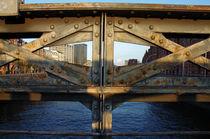 durch die Brücke by fotolos