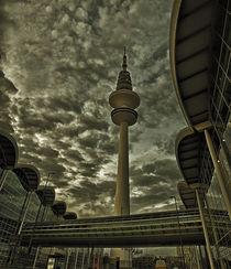 Der Hamburger Fernsehturm by Carsten Gitt