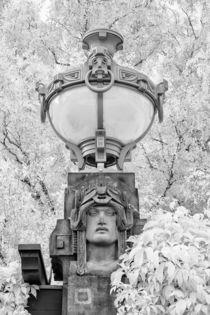 Jugendstillampe beim Mannheimer Wasserturm by Walter Layher