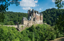 Burg Eltz (6) by Erhard Hess
