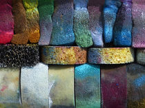 Multicolored sponges by Harry Hadders