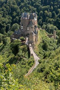 Burg Eltz 7 by Erhard Hess