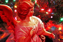 Chistmas angel figurine by Dale Bargmann