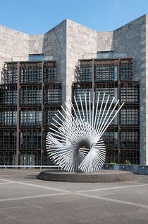 Skulptur vor Mainzer Rathaus von Erhard Hess