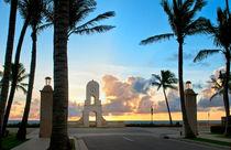 Worth Avenue, West Palm Beach Florida by Ken Howard