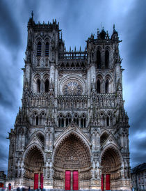 Notre Dame, Amiens by Gavin Poh