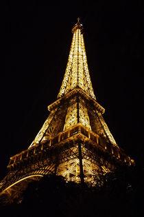 Eiffel Tower Side-on von alina8