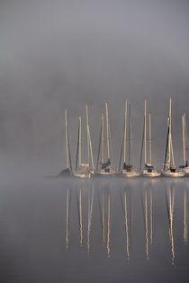 Segelboote im Nebel by Bernhard Kaiser