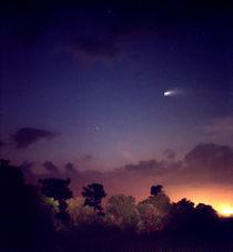 Comet Hale-Bopp. Lake Cypress. von chris kusik