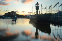 Hull Marina at Sunset von Sarah Couzens