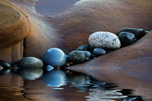 Reflected-stones