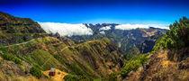 Encumeada Valley, view from Pico Ruivo. von Zoltan Duray