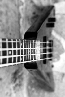 Bass Gitarre by Falko Follert