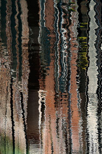 reflection - curtain call by christophrm