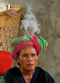 Smokey head by Bettina Breuer