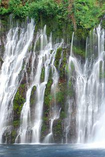 Waterfall (California) von usaexplorer