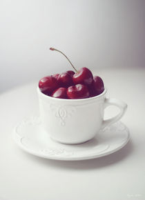 Cherry Time von Magda Lates