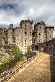 Raglan Castle von David Tinsley