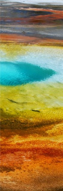 Pool at Yellowstone NP by usaexplorer
