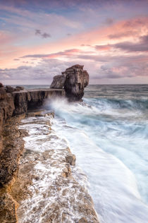 Autumn storms at Portland's Pulpit Rock by Chris Frost