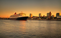 Queen Mary II Hamburg von photoart-hartmann