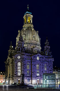Frauenkirche mit Tiefgarage und Dr. Martinus von Uli Gnoth