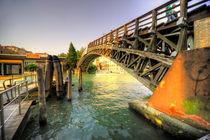 Bridge over the Grand Canal von Rob Hawkins