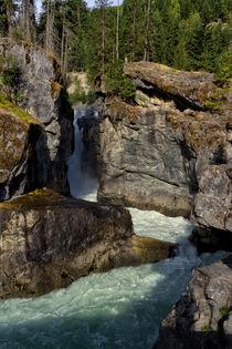 Nairn Falls von Kathleen Bishop