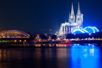 Kölner Dom zur blauen Stunde // Colgne Cathedral at blue hour by streitline