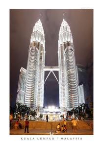 Petronas-towers-kuala-lumpur-malaysia-neu