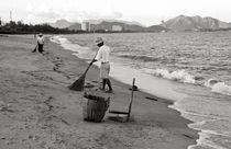 Morgenstimmung am Strand von Nha Trang - Vietnam von captainsilva