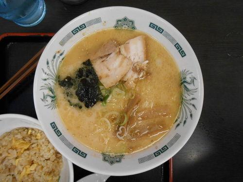 Dscn0232-comidaalredeoressantuariosuehiro-tokio