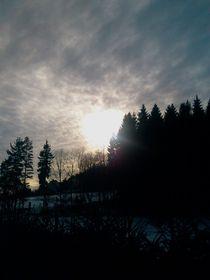 Sonnenloch im Erzgebirge von Henning Hollmann