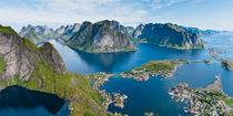 Reine, Reinefjord, Lofoten Islands, Norway von Tom Dempsey
