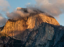 Half Dome sunset, Yosemite National Park, Sierra Nevada, USA von Tom Dempsey