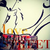 Love-in-the-street-01