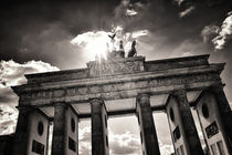 Brandenburger Tor - Berlin by brixhood
